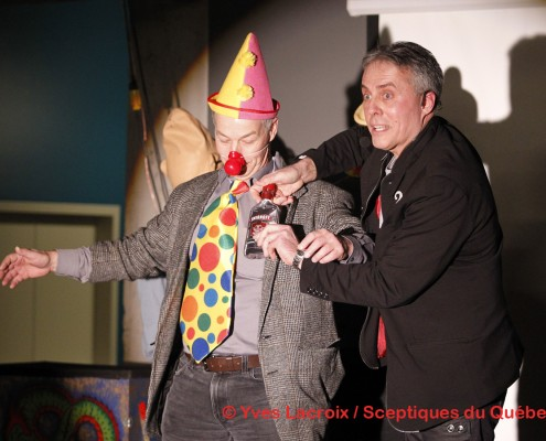 Spectacle magicien - Kurylo Le Pickpocket